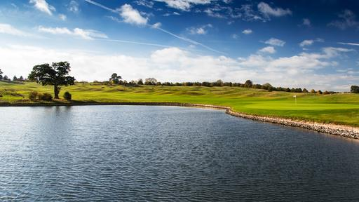 The Oxfordshire Golf Lake Green
